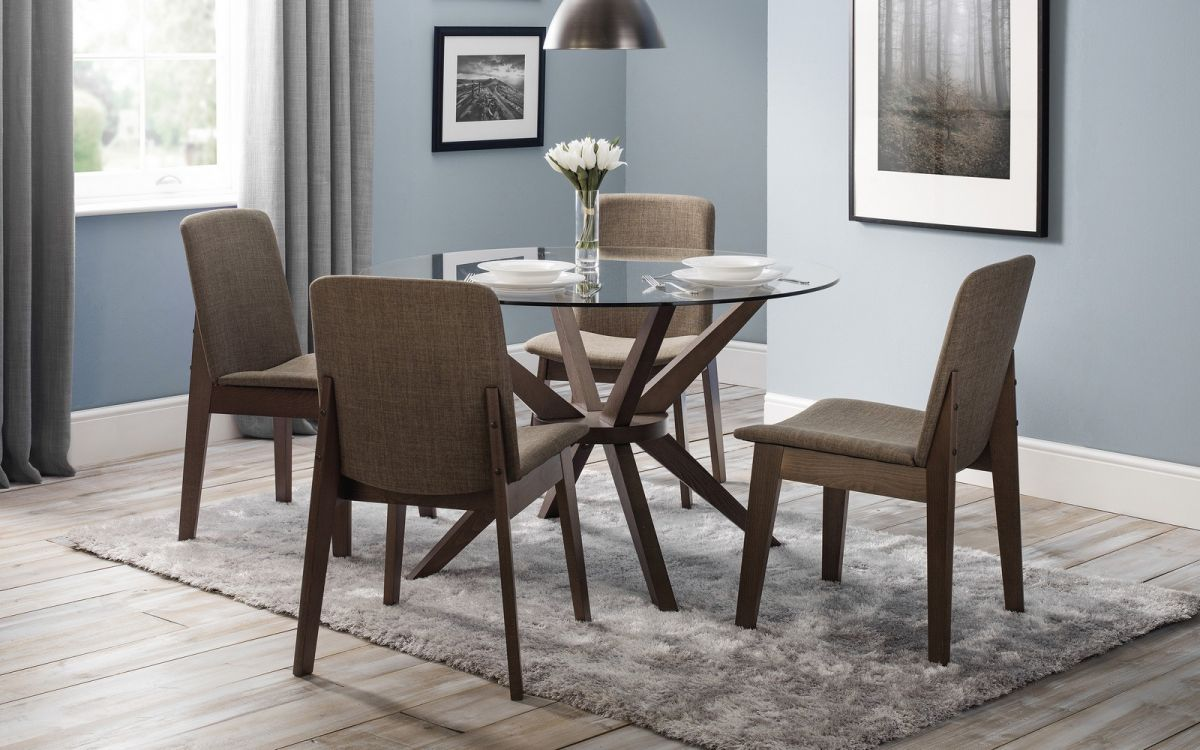 Julian Bowen Chelsea Glass Dining Set with Kensington Chairs £379