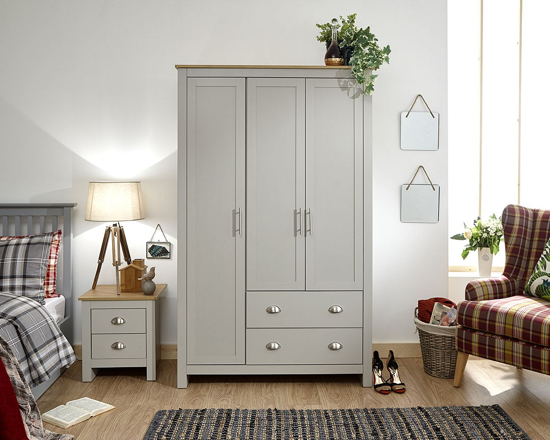 Lancaster 3 Door 2 Drawer Wardrobe in Grey £249