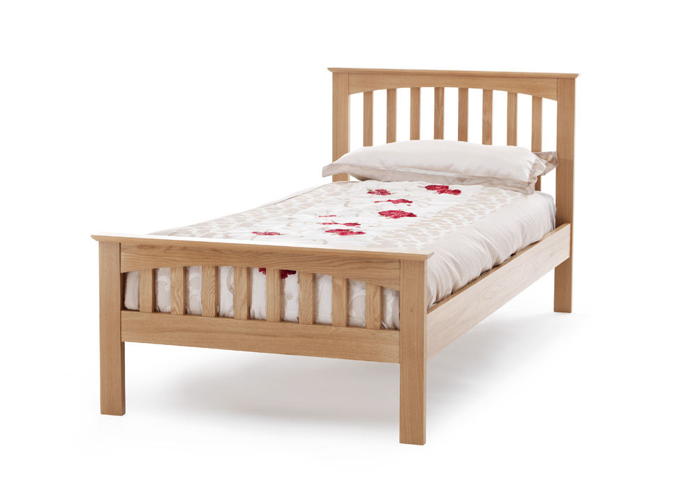 Serene furnishings windsor american oak wooden bed frame for American furniture bed frames
