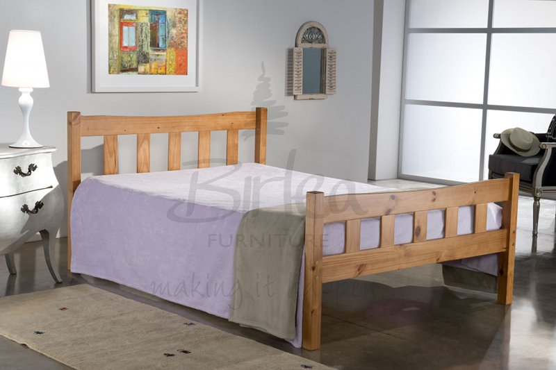 BIRLEA Miami 4ft6 double Pine Bed Frame £159