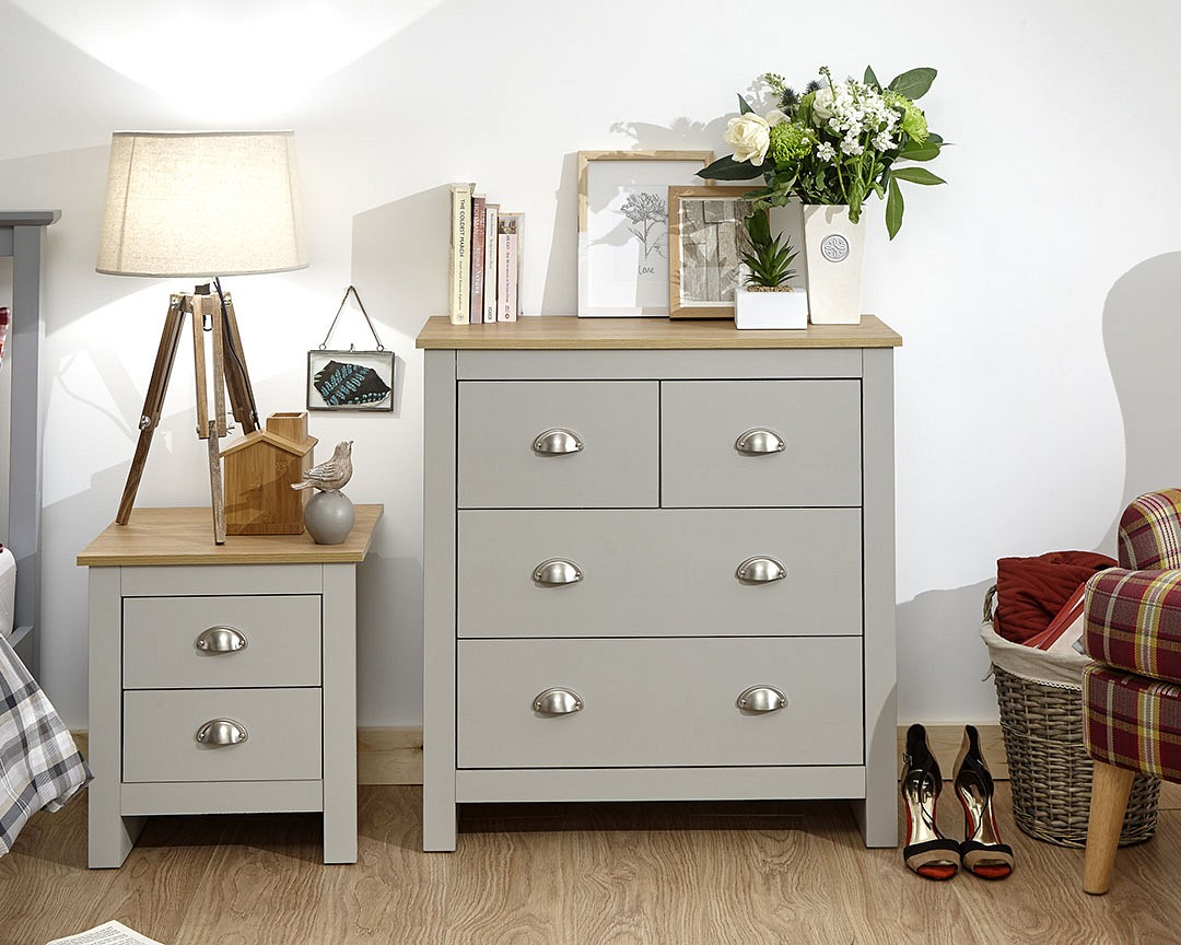 Lancaster 2 + 2 Drawer Chest in grey £109