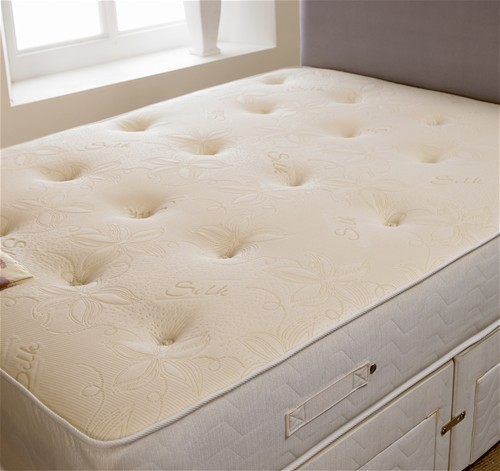 SLEEPTIMES Sandringham 1000 Pocket Divan Bed